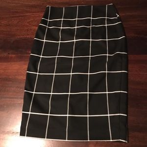 Express midi black and white skirt